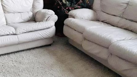 Leather Loveseat And Sofa With Hideable Futon for Sale in Covington,  WA