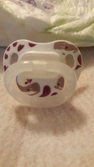 Magnetic pacifier & pamper for reborn doll NB for Sale in Myrtle Beach, SC