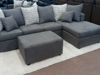 New Chaise Sectional Sofa......$399.....add the matching ottoman $50........we have lots of these..$399 sectionals instock now.. for Sale in Glendale,  AZ