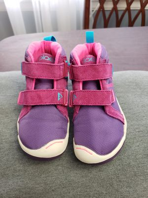 Plae toddler girl Max shoes 10 for Sale in Skokie, IL