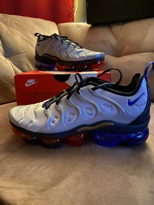 Nike Airvapormax plus for Sale in Los Angeles, CA