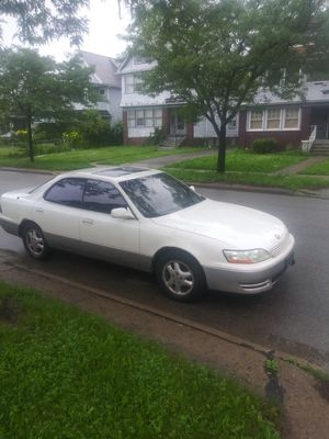 1995 Lexus ES 300 for Sale in Shaker Heights, OH