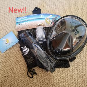 Brand new full face dry snorkeling mask with everything included for Sale in Renton, WA