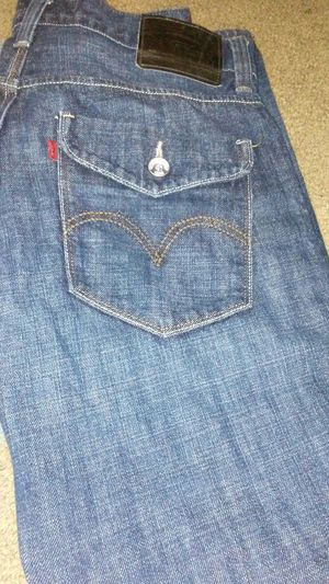 Levis Waist 34 L32 Slim Straight for Sale in Cleveland, OH