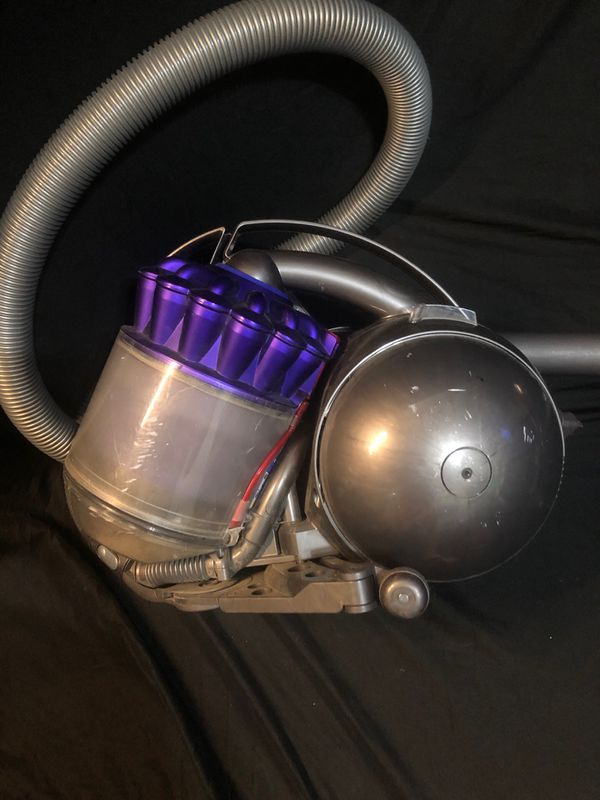 Dyson DC 39 Animal Canister Vacuum Cleaner