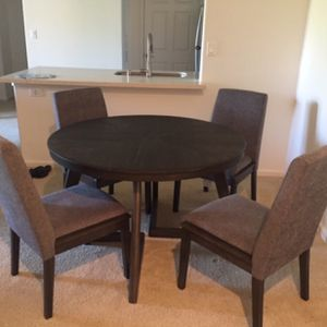 Dining set: Dining Table, 4 Chairs for Sale in San Diego, CA