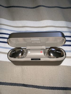 Sony WF1000X Noise Cancelling Wireless Earbuds (Retail $199) for Sale in Pembroke Pines, FL