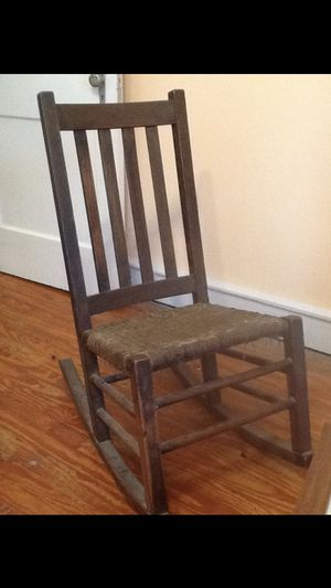 Antique Rocking Chair for Sale in Laurens, SC
