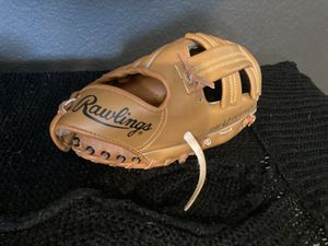 Rawlings baseball glove autographed by Tony Gwynn for Sale in Apple Valley, CA