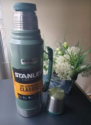 STANLEY THERMO NEW 24 HS HOT AND COLD $38 for Sale in Hickory Creek, TX