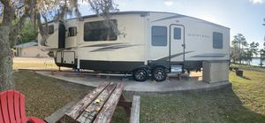 Keystone Montana Fifth Wheel (camper) 375FL / 2018 (Residential PKG) for Sale in Tampa, FL