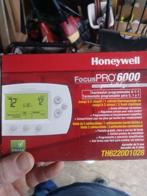 20obo 2 brand new thermostats 20 for both for Sale in Galloway, OH