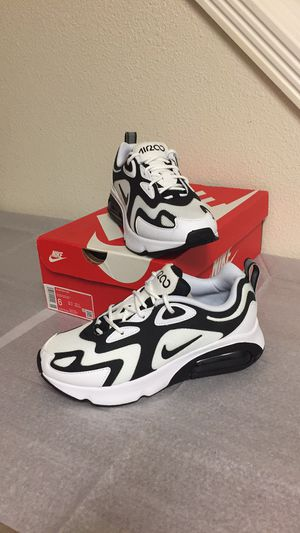 NIKE AIR MAX 200 (6) WOMENS SHOES for Sale in Portland, OR
