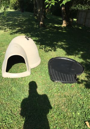 Big Dog house igloo for Sale in Murfreesboro, TN