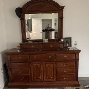 Cherry Dresser With Mirror for Sale in Olalla, WA