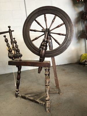 Spinning wheel antique for Sale in NO HUNTINGDON, PA