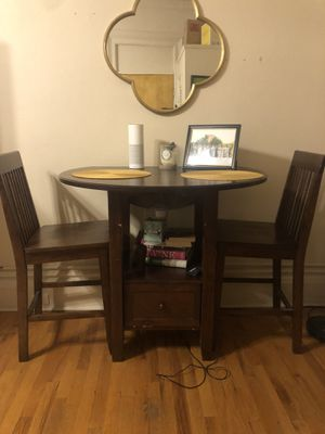 High top 2 chair dining table for Sale in NJ, US