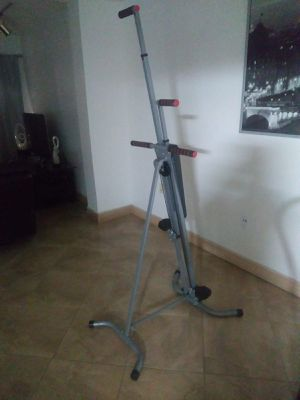 Maxi climber like new for Sale in Hialeah, FL