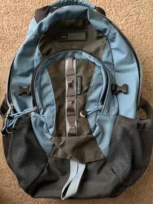 Rei Venture Womens Backpack Blue 5 Outer Pockets 3 Inner Pockets 25L Hiking for Sale in Vallejo, CA