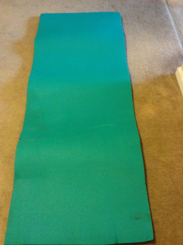 "Long Sheet of Foam / yoga mat - Green / Grey, Size 73"" x 27"", nice good cushion - $9"
