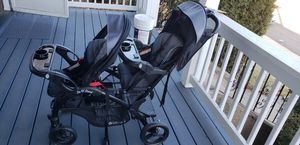 Baby Trend sit and stand elite double stroller for Sale in Everett, MA