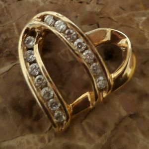 Heart Diamond Pendant, 14K Gold for Sale in Columbia, SC