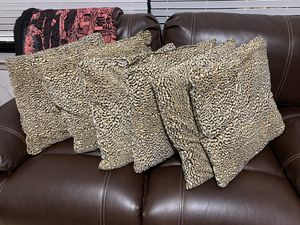 Leopard throw pillows 6x for Sale in Rockville, MD