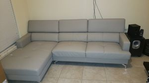 Leather Grey sectional couch for Sale in Miami, FL