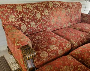 Very nice and comfy sofa and love seat set for Sale in Benjamin, UT