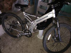 Mongoose blackcomb aluminum 24 speed mountain bike for Sale in Bartlett, TN