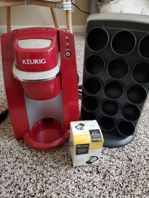 Keurig Single Serve K Cup Bundle Coffee Maker for Sale in Lakewood, CA