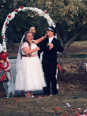 Plus size 18 Wedding dress for Sale in Independence, KY