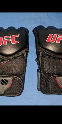 UFC Official Training Gloves L/Xl New for Sale in Huntington Beach,  CA