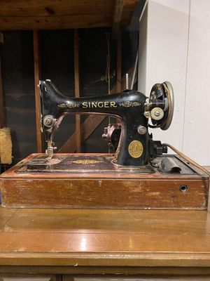 1934 singer model 99 sewing machine for Sale in Los Angeles, CA