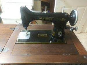 Antique sewing machine and desk for Sale in Milton, WA