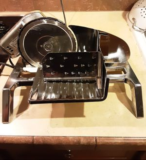 Electric Chrome Meat & Food Slicer Deli Kitchen for Sale in Vancouver, WA