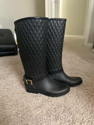 Guess Rain boots size 7 for Sale in Henderson, NV