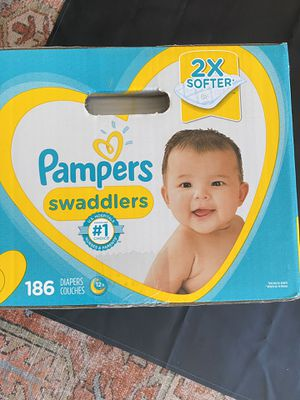 Pampers Swaddlers Baby Diapers, size 2, 186 count for Sale in Phoenix, AZ