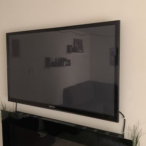 54 Inch Samsung Tv for Sale in Los Angeles, CA