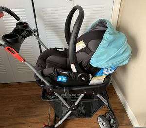 Safety first car seat with Baby universal trend stroller for Sale in Orlando, FL
