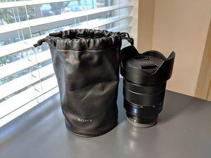 Sony 24-70mm F4 Zeiss lens for Sale in Houston, TX