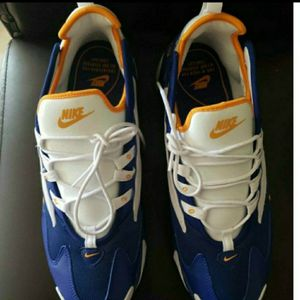 Nike Air Max Zoom 2k for Sale in Fort Lauderdale, FL