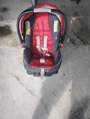 Baby Car Seat with Base for Sale in Austin, TX