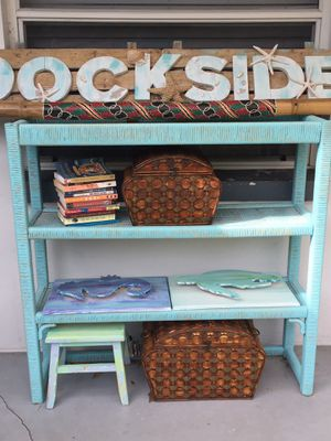 Outdoor indoor shelf for plants or other items such as books or trinkets for Sale in Largo, FL