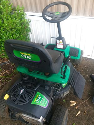 Weed eater model we621 rear engine riding lawn mower electric start 8.7 horsepower need friction gear for Sale in Phenix City, AL