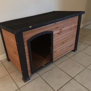 House for small and medium Dogs for Sale in Fresno, CA