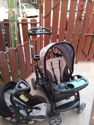 Double stroller and car seat baby trend for Sale in Phoenix, AZ