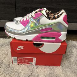 Nike Womens Air Max 90 LX Daisy Leopard White Illusion Green CQ2559-100 Size 7 for Sale in South San Francisco,  CA