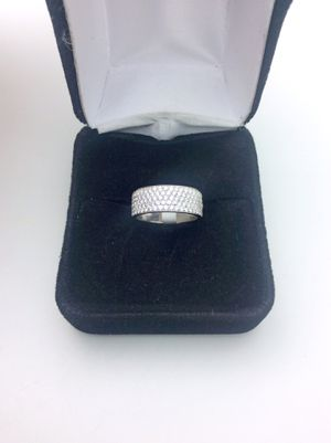 Small 14k Diamond Band for Sale in Upland, CA