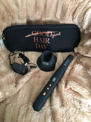 Flat iron cordless for Sale in East Los Angeles, CA
